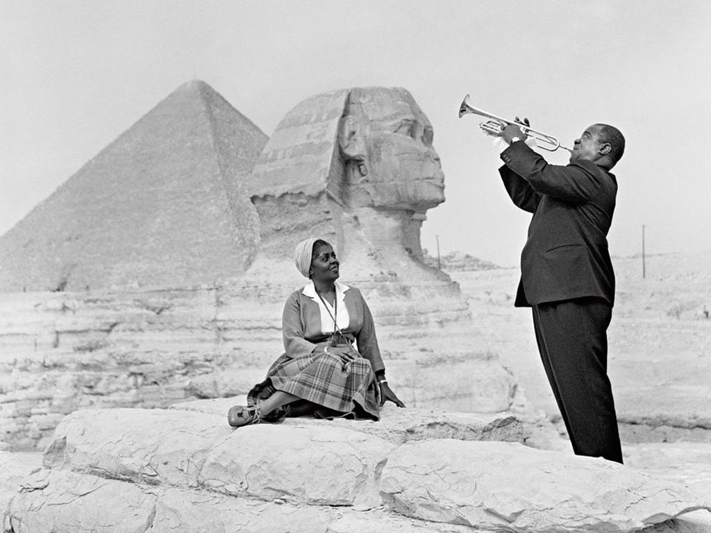 Louis-Armstrong-with-His-Wife.jpg